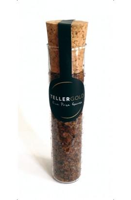 Fleur de Sel mit Karamell und Bourbon-Vanille im Reagenzglas