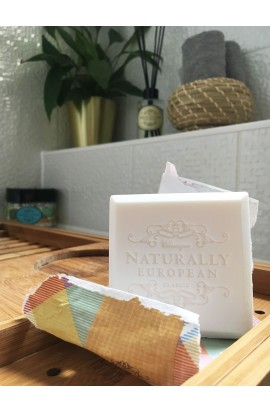 Natuarally European Freesia & Pear Seife